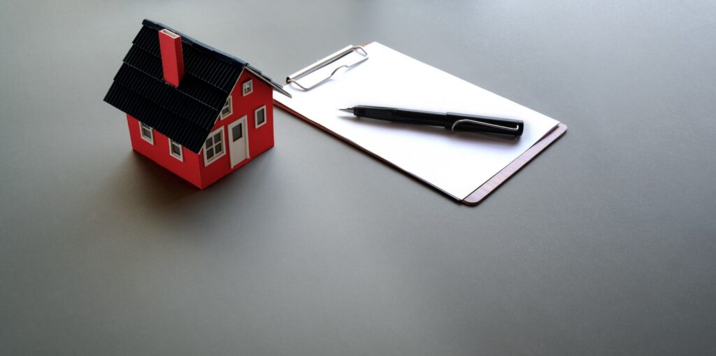 Home replica and notepad